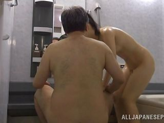 18 year old cutie fucks the old man in the tub
