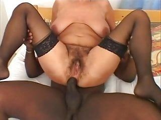 Dasa - GILF takes black cock like a champ (longer version)
