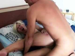 GERMAN MOM ANAL FUCK AND CREAMPIE AT HOLIDAY ON MALLORCA