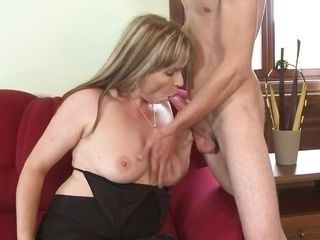 mature lady sucks a young dick